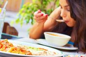 Nafsu Makan Sulit Dikendalikan? Ini Cara Mengatasinya