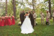 Prosesi Pernikahan Ini Dihentikan Sementara oleh Ayah Mempelai Wanita, Mengapa?