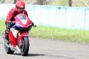 Intim dengan Motor MotoGP Marquez (3-habis)