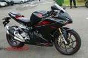 Intim Bersama Honda CBR250RR di Sirkuit
