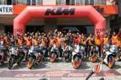 """Pasukan Oranye"" KTM Warnai Utara Jakarta"