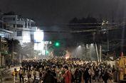 Massa Bakar Ban dan Sampah di Tengah Jalan Slipi I