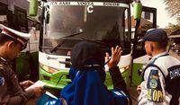 Pemeriksaan Kesiapan Bus untuk Mudik Lebaran