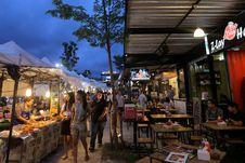 Tak Sulit Mencari Makanan Halal di Phuket