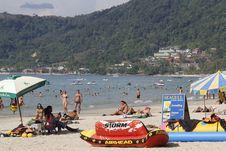 Menikmati Sore di Pantai Patong Phuket