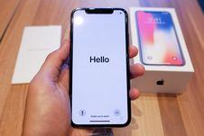 Lebih Dekat dengan iPhone X
