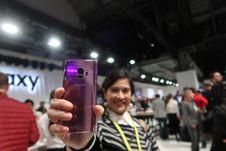 Galaxy S9 dan Galaxy S9 Plus dari Berbagai Sisi