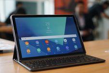 Berkenalan dengan Tablet Samsung Galaxy Tab S4