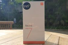 Melihat Redmi 7, Ponsel Sejutaan dengan Desain Kekinian
