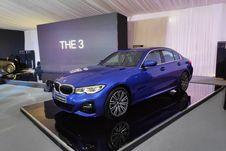 BMW Perkenalkan Sedan Seri 3 Terbaru, 330i M Sport