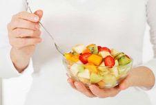 Mitos Keliru Seputar Makanan untuk Ibu Nifas