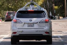 Google Berhenti Bikin Mobil Tanpa Sopir?