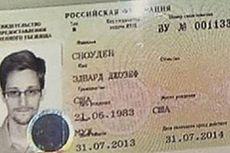 Setelah Bertemu Putranya, Ayah Edward Snowden Tinggalkan Rusia