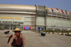Stadion SEA Games Dirusak