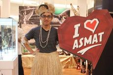 Berfoto ala Suku Asmat di The Museum Week