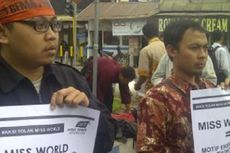 HTI Malang Demo Tolak Miss World