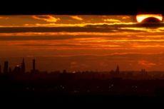 Fenomena Matahari Berbentuk Sabit Terjadi di New York