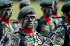 Ultah TNI ke-69, Polsek Berikan Kue Ulang Tahun ke Koramil
