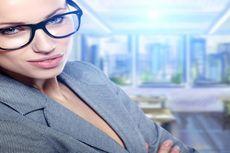 Alasan Rekan Kerja Wanita yang Judes Lebih Sukses