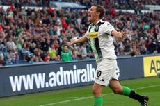 Wolfsburg Incar Striker Timnas Jerman