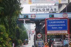 Banjir, Pengendara Sepeda Motor Terobos Tol Arah Tanjung Priok