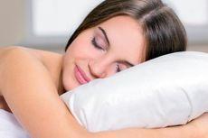 3 Manfaat Tidur Telanjang di Malam Hari