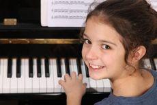 Belajar Musik Bisa Tingkatkan Nilai Akademik Anak