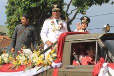 Usai Dilantik, Wali Kota Magelang Dikirab Keliling Kota Naik Jip