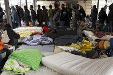 Polisi Perancis Evakuasi 1.000 Migran dari Stasiun Metro Stalingrad
