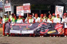 Warga Lansia di Sukabumi Turun ke Jalan Kampanye Kawasan Tanpa Rokok