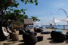 Bersantai di Bibir Pantai Novotel Bali Benoa