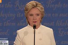 Hillary Selamat, FBI Sebut Tak Ada Pelanggaran Soal Email Pribadi
