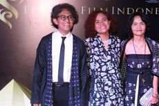 Riri Riza Dinobatkan Jadi Sutradara Terbaik FFI 2016