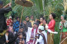 Tradisi Sunatan Manggar Kampung Penyadap Nira di Lereng Merapi