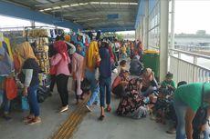 Sebagian Pedagang Skybridge Tanah Abang Kangen Jualan di Jatibaru