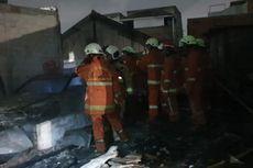 3 Rumah Ludes Terbakar di Penggilingan karena Petasan