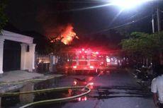 Kebakaran Hanguskan Rumah 2 Lantai di Pulogadung