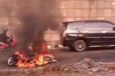 Motor Honda Kharisma Terbakar di Underpass Cawang