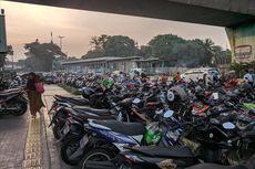 Tunaikan Shalat Id, Warga Berdatangan ke Masjid Istiqlal