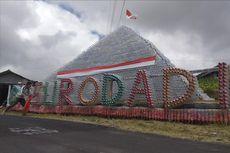Piramida 4 Meter Ini Dibuat dari Sampah Botol Plastik Pendaki Merbabu...