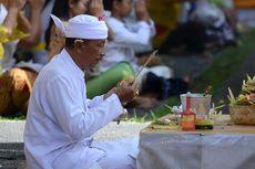 Umat Hindu Bali Rayakan Hari Galungan di Pura Jagatnatha