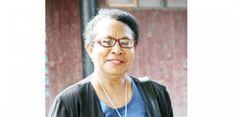 Jokowi: Ini Menteri Perempuan Pertama dari Papua