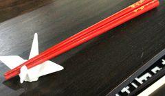 Susah Menggunakan Sumpit? Ini yang Harus Anda Lakukan Saat di Jepang