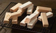 """Oleh-oleh Terbaru, """"Tokyo Wafers Bar"""" Rasa Mont Blanc dan Rare Cheesecake"""