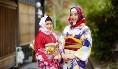 Berfoto dengan Kimono di Kyoto? Kini Ada Sewa Hijab dengan Motif Tradisional Jepang