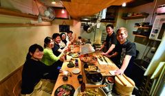 Menikmati Malam di Osaka, Kunjungi Restoran yang Cocok untuk Nongkrong Ini