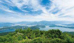 Wisata ke 5 Danau Terkenal di Jepang, yang Ditampilkan dalam Buku Puisi