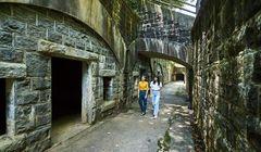 Menjelajahi Tempat Bersejarah Bekas Perang yang ada di Kyushu