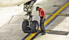 Tertarik Kerja di Industri Penerbangan Jepang? Ketahui Dulu Hal Berikut