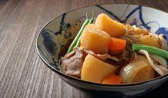 """Coba Buat Sendiri Masakan Rumahan Populer Jepang """"Nikujaga"""""""
